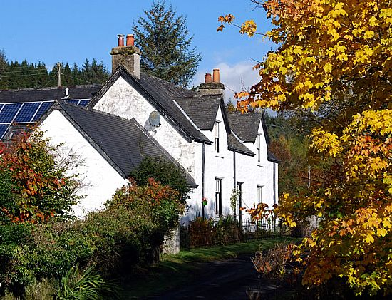 crown house bed and breakfast, ford near kilmartin in mid argyll and ideal location for walkers, cyclists and motorcyclists